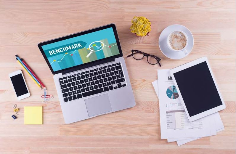 benchmarking professional services